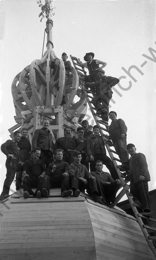 Liebfrauenkirche: Richtfest mit der ganzen Belegschaft, Heinrich Wolf Fotograf Archiv Koblenz