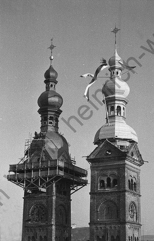 Liebfrauenkirche: Nun ist auch der zweite Turm fast fertig, Heinrich Wolf Fotograf Archiv Koblenz