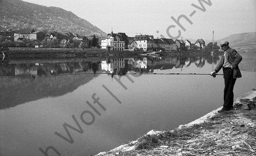 Blick auf Lay 1958, Heinrich Wolf Frühling an der Mosel