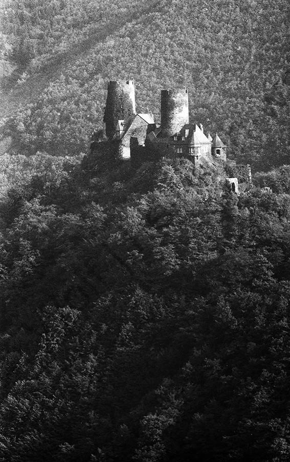 Burg Thurant,1965, Heinrich Wolf Frühling an der Mosel
